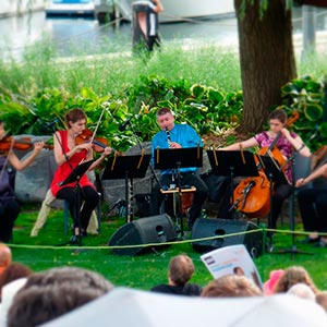 Mozart with the Cecilia String Quartet at the Toronto Music Garden